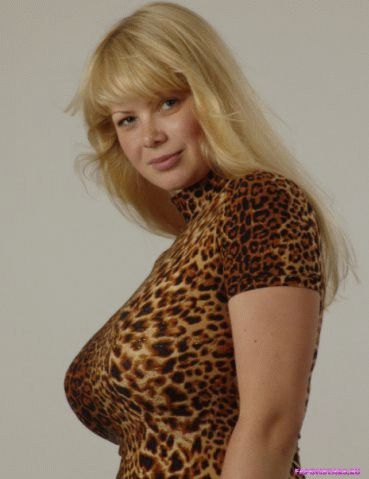 Алена Шайтарова фотосессия в эротическом журнале