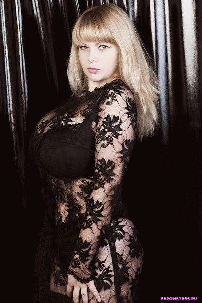 Алена Шайтарова в журнале