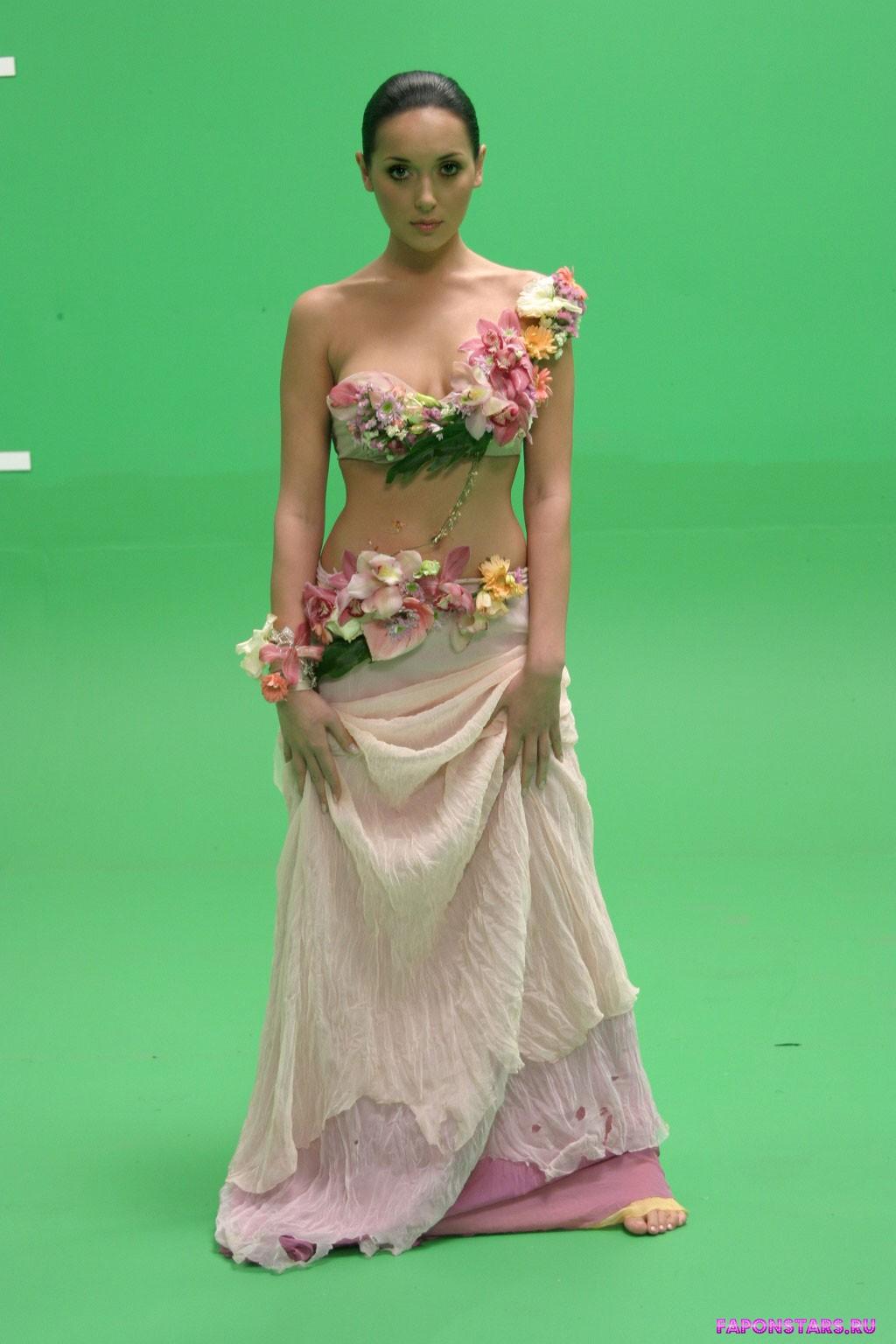 Алсу в дорогом красивом платье