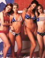 Элисон Ханниган голая на съемках Американского пирога вместе с другими красавицами из этого фильма