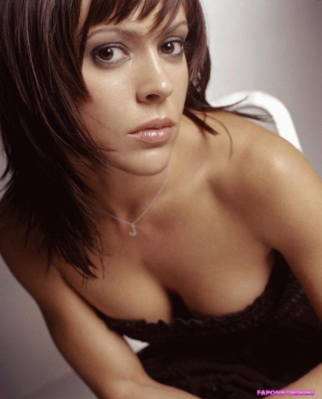 сексуальное откровенное декольте Алисы Милано