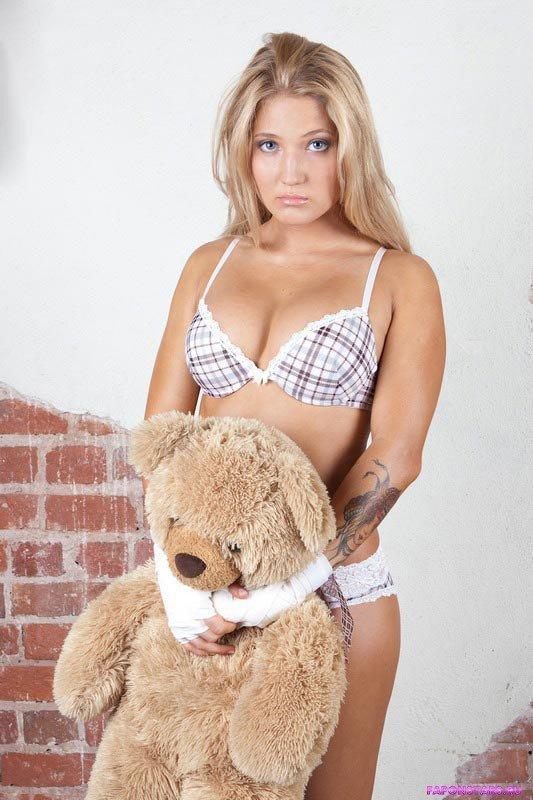Анастасия Янькова в журнале