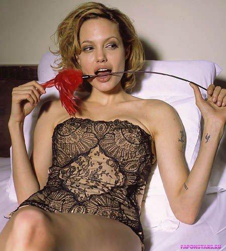 Angelina Jolie / Анджелина Джоли откровенное фото