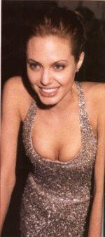 молодая  Анжелина Джоли свежая и сочная секси штучка