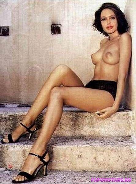 Angelina Jolie / Анджелина Джоли в нижнем белье