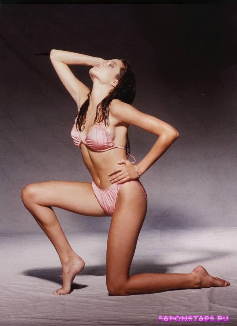 Angelina Jolie / Анджелина Джоли фото полуголая секси