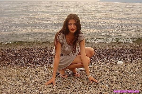 Анна Чиповская на пляже