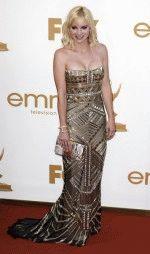 Анна Фэрис на красной ковровой дорожке в шикарном вечернем платье