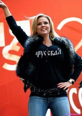 Анна Семенович на сцене