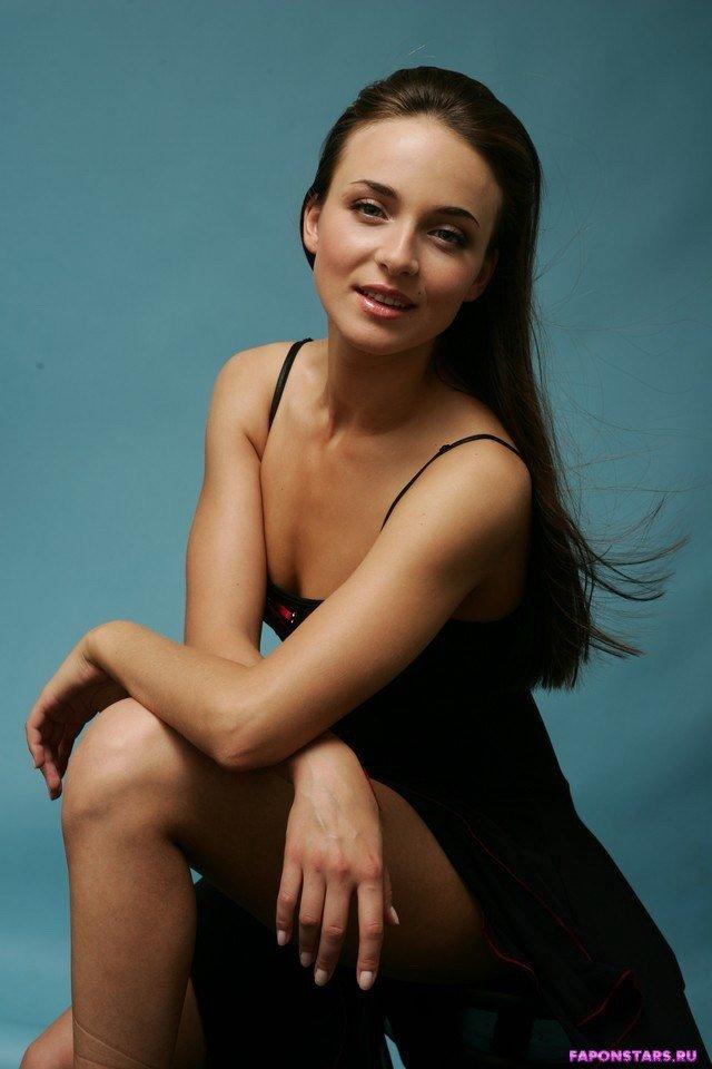 Анна Снаткина голая фото