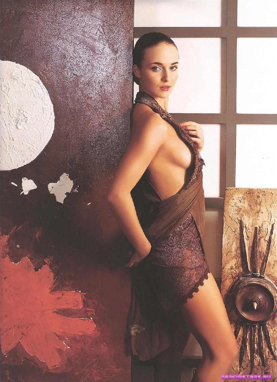 Анна Снаткина в нижнем белье