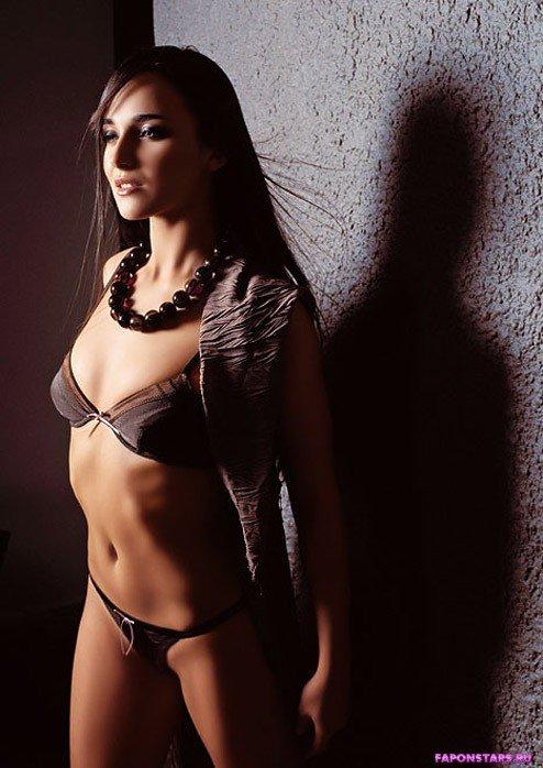 Анна Снаткина красивая