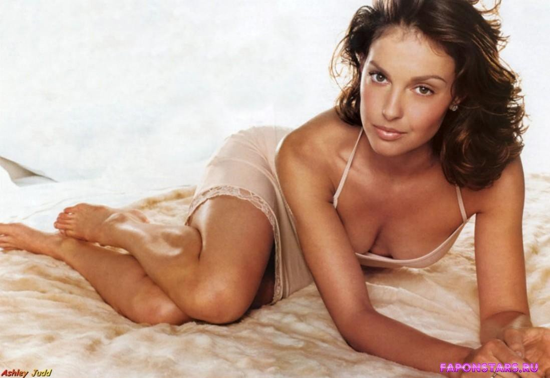 Ashley Judd / Эшли Джадд в журнале