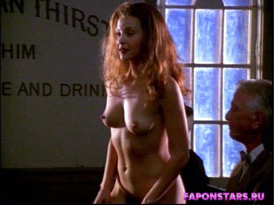 Ashley Judd / Эшли Джадд секси