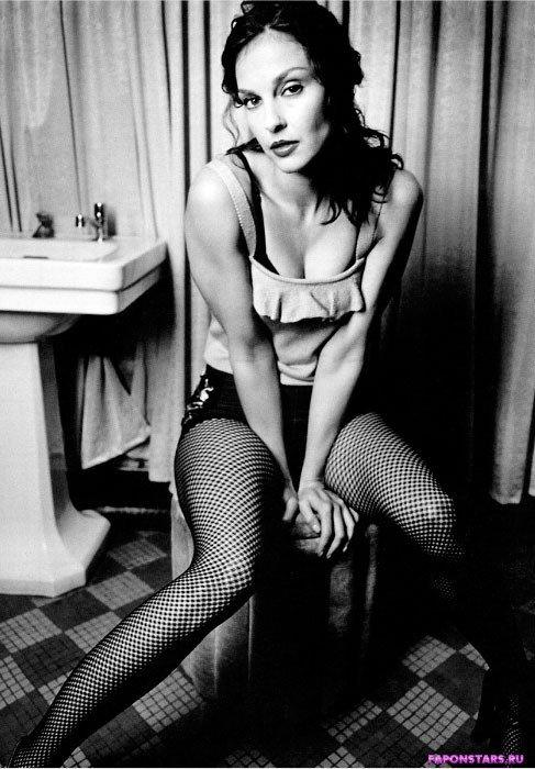 Ashley Judd / Эшли Джадд в журнале