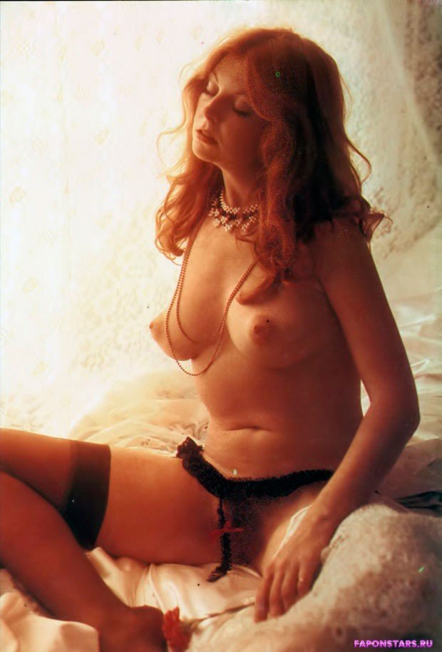 Cassandra Peterson / Кассандра Петерсон голая