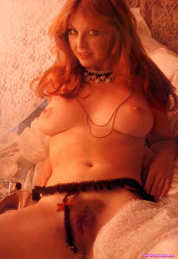 Cassandra Peterson / Кассандра Петерсон фотосессия в playboy