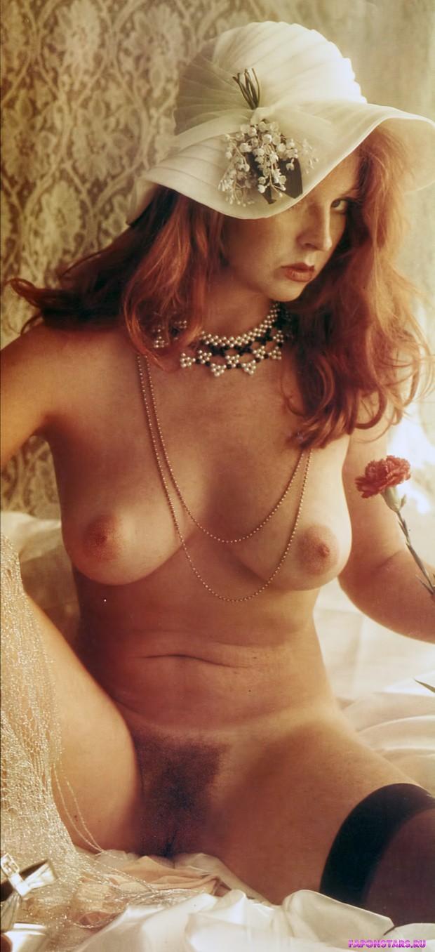 Cassandra Peterson / Кассандра Петерсон фото полуголая секси