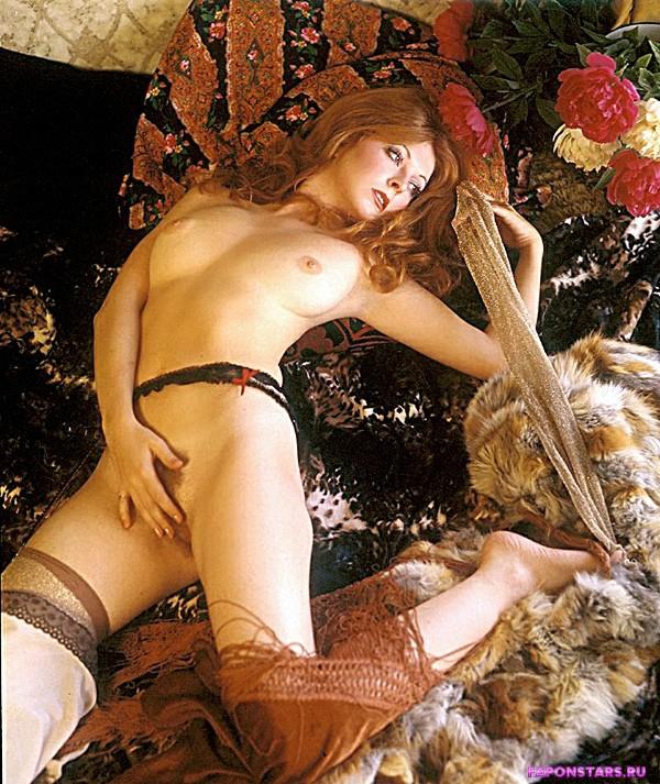 Cassandra Peterson / Кассандра Петерсон сексуальная фото