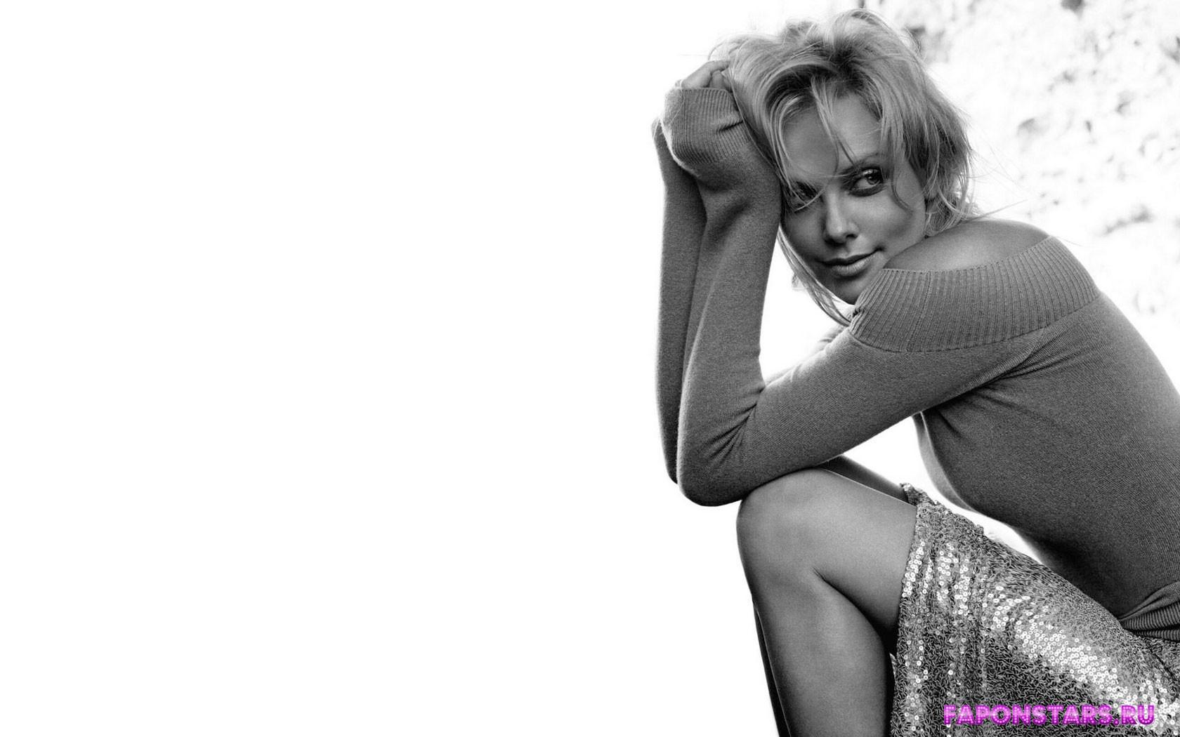 Charlize Theron / Шарлиз Терон засвет обнаженка