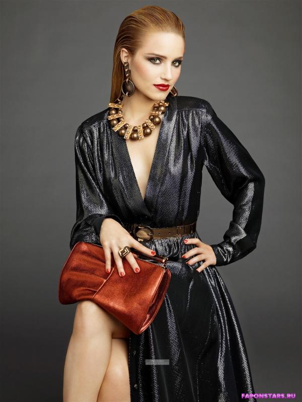 Дианна Агрон в сексуальном облегающем наряде