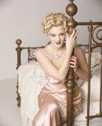 Drew Berrimore / Дрю Бэрримор голая обнаженная сексуальная декольте