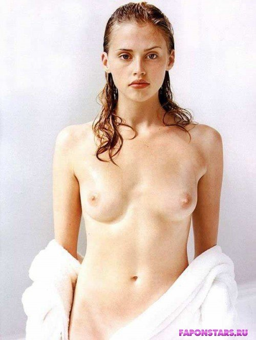 Estella Warren / Эстелла Уоррен голая фото
