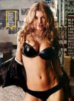 Fergie / Ферги голая обнаженная сексуальная декольте