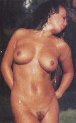 Geri Halliwell / Джери Холлиуэлл голая обнаженная сексуальная декольте