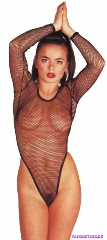 Geri Halliwell / Джери Холлиуэлл сексуальная фото