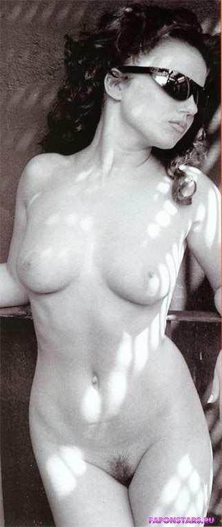 Geri Halliwell / Джери Холлиуэлл в нижнем белье