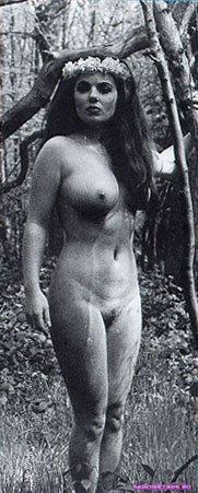 Geri Halliwell / Джери Холлиуэлл фото полуголая секси