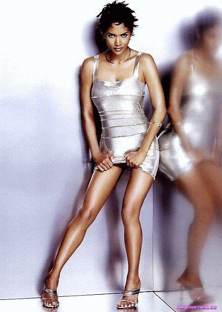 Halle Berry / Хэлли Берри засвет обнаженка