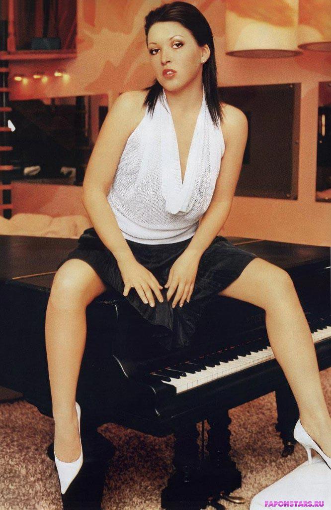 Ирина Дубцова фотосессия в эротическом журнале
