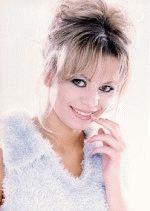 красивая Ирина Салтыкова улыбается