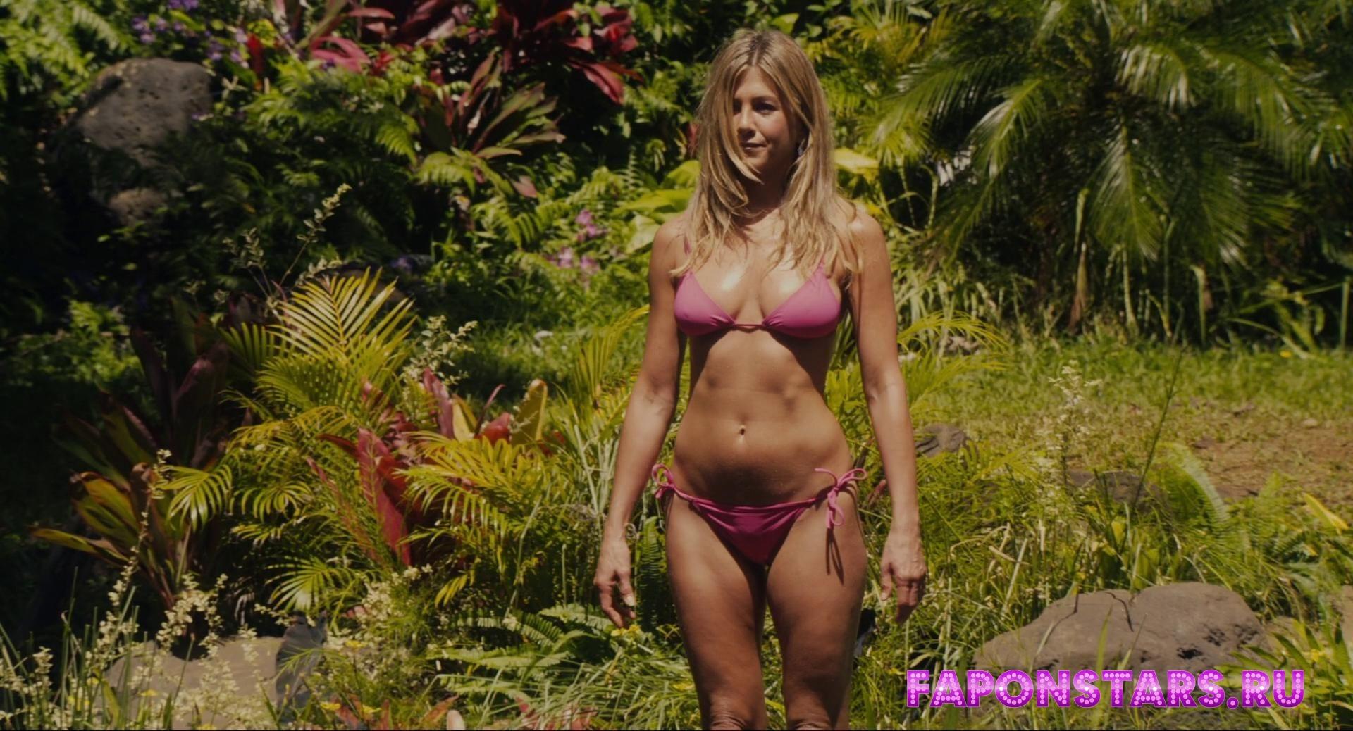 Jennifer Aniston / Дженнифер Энистон фотосессия в эротическом журнале