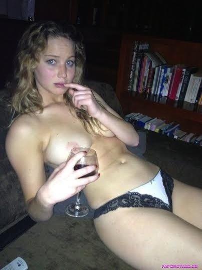 Jennifer Lawrence / Дженнифер Лоуренс засвет обнаженка