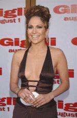 Дженнифер Лопес полуголая в очень открытом откровенном платье