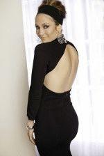 Джей Ло в платье с голой спиной, вид сзади
