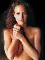 Josie Maran / Джози Маран голая обнаженная сексуальная декольте