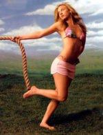 Kaley Cuoco/ Кейли Куоко голая обнаженная сексуальная декольте
