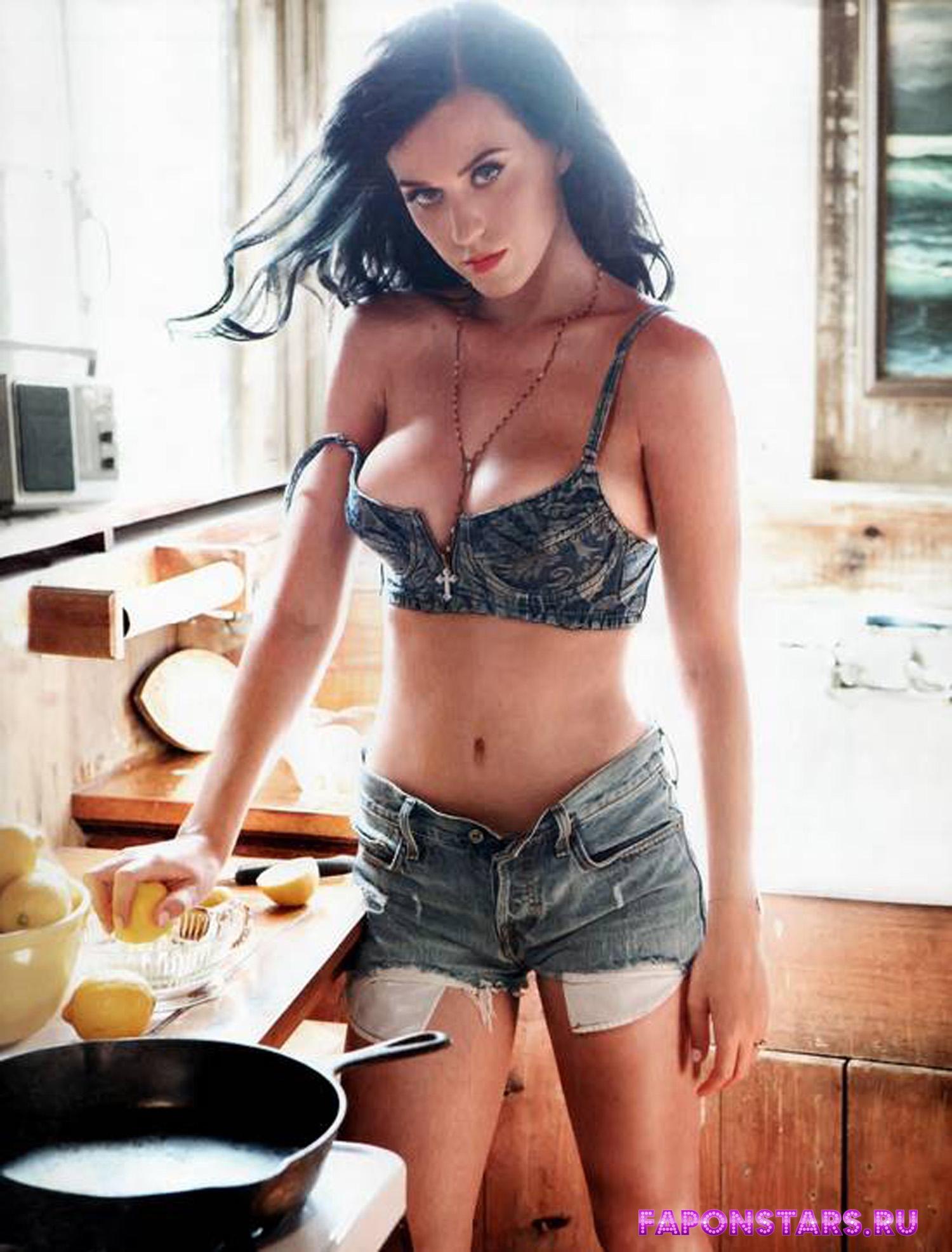 Katy Perry / Кэти Перри в дорогом красивом платье