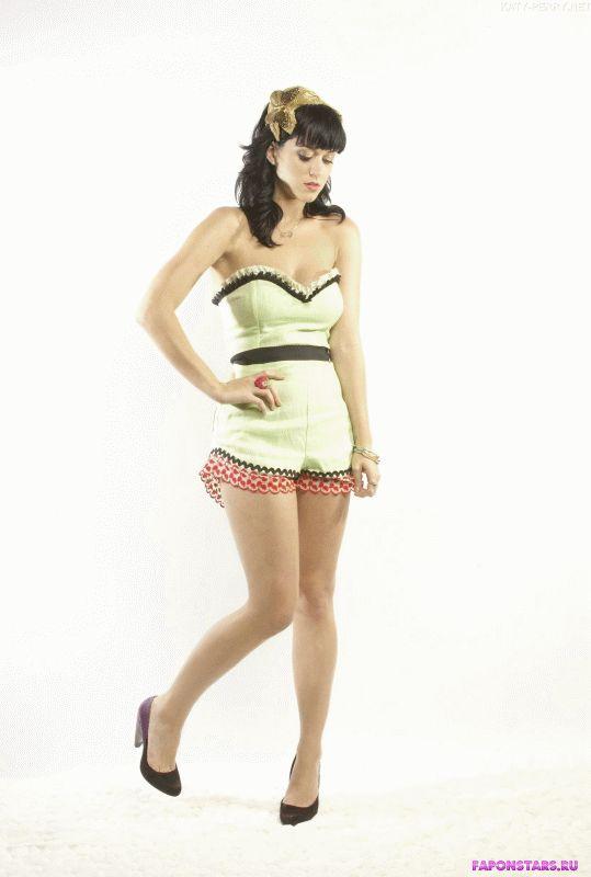 Katy Perry / Кэти Перри откровенное фото