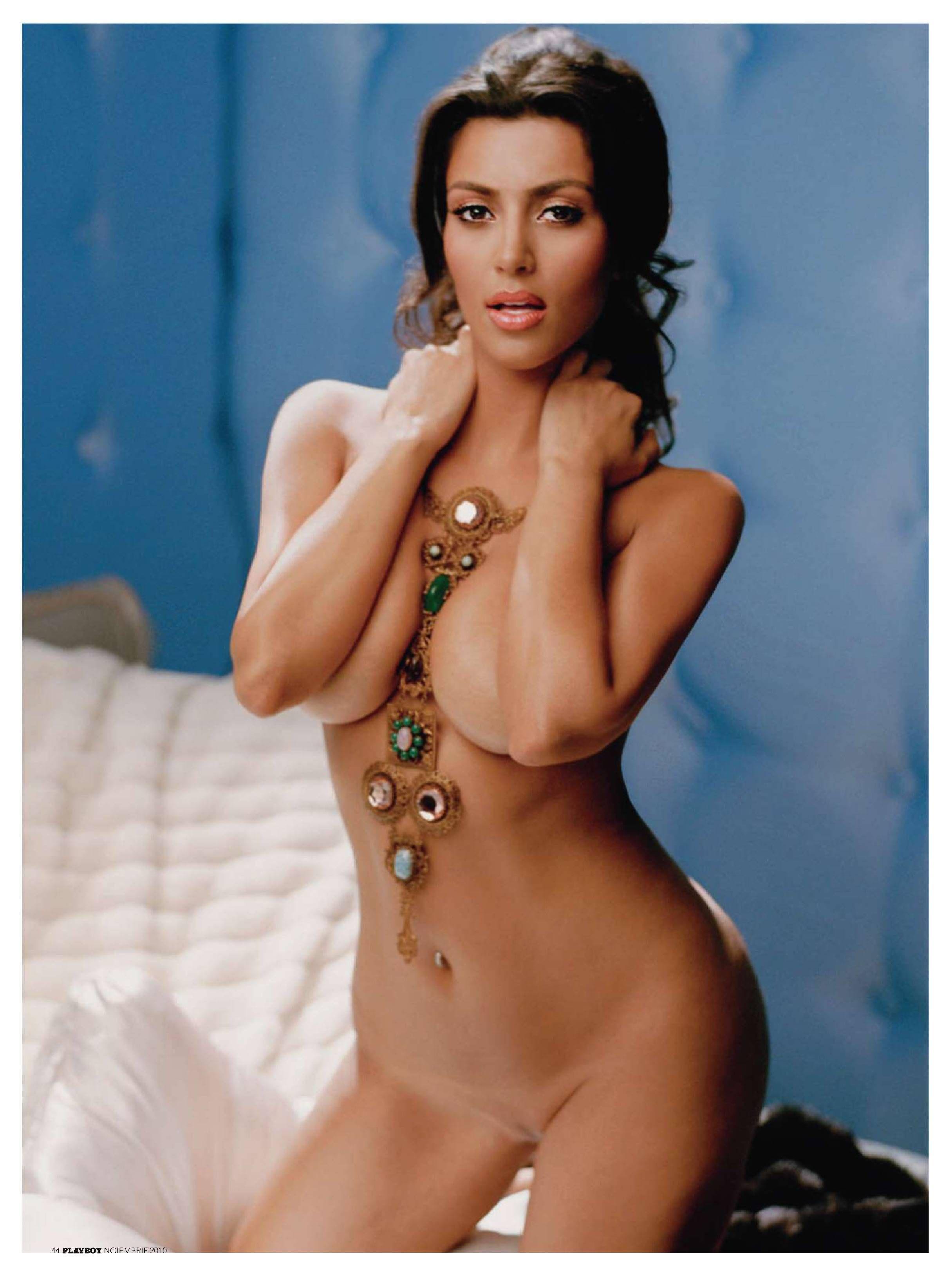 Kim Kardashian / Ким Кардашян обнаженная фото