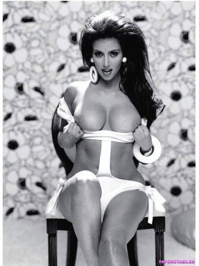Kim Kardashian / Ким Кардашян откровенное фото
