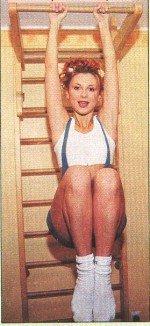 Лариса Черникова голая обнаженная сексуальная декольте