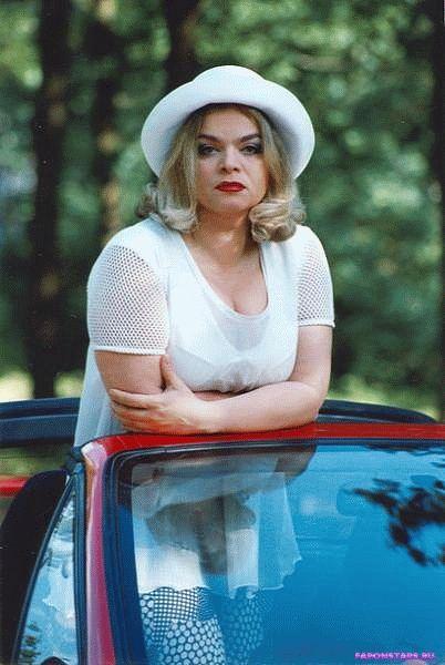 Лариса Долина в молодости имела большую грудь