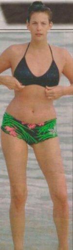 Liv Tyler / Лив Тайлер голая обнаженная сексуальная декольте