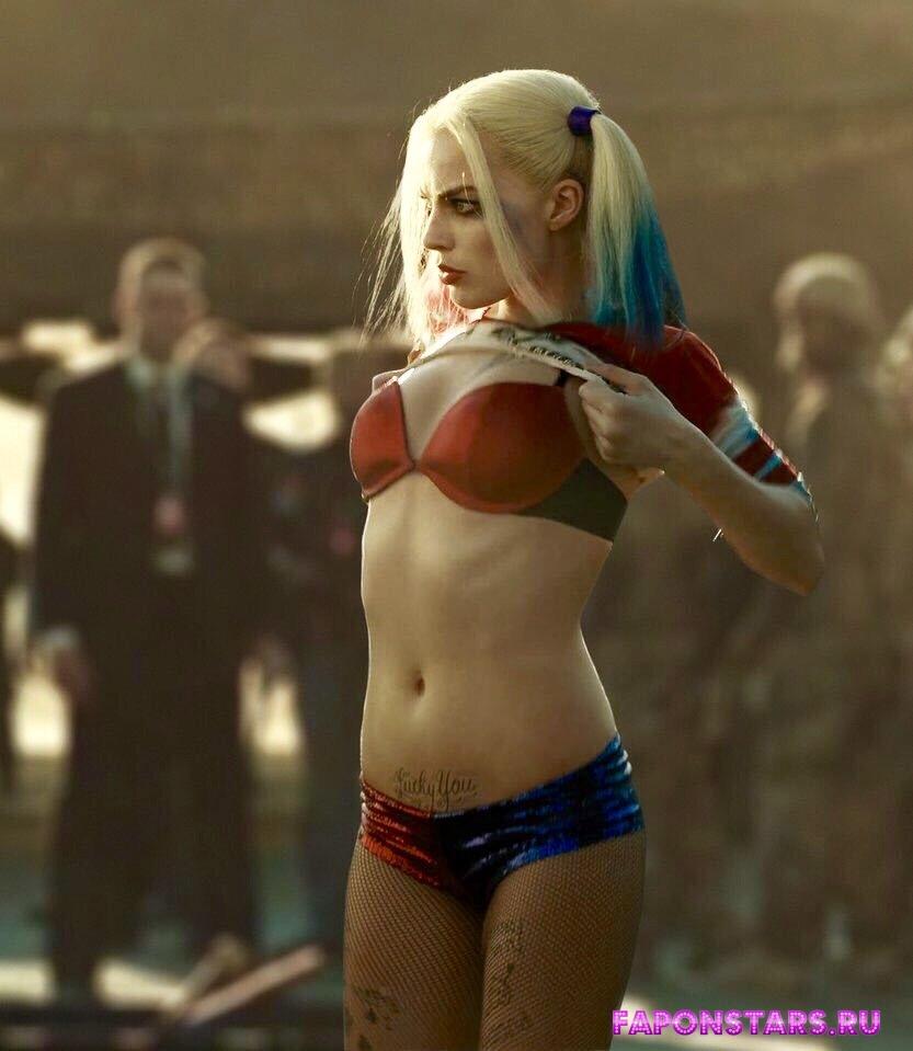 Margot Robbie / Марго Робби в нижнем белье