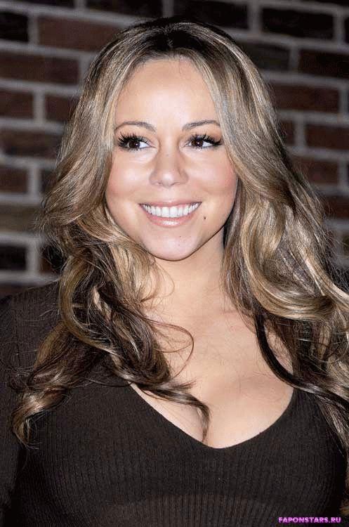Mariah Carey / Мэрайя Кэри улыбается и позирует на камеру